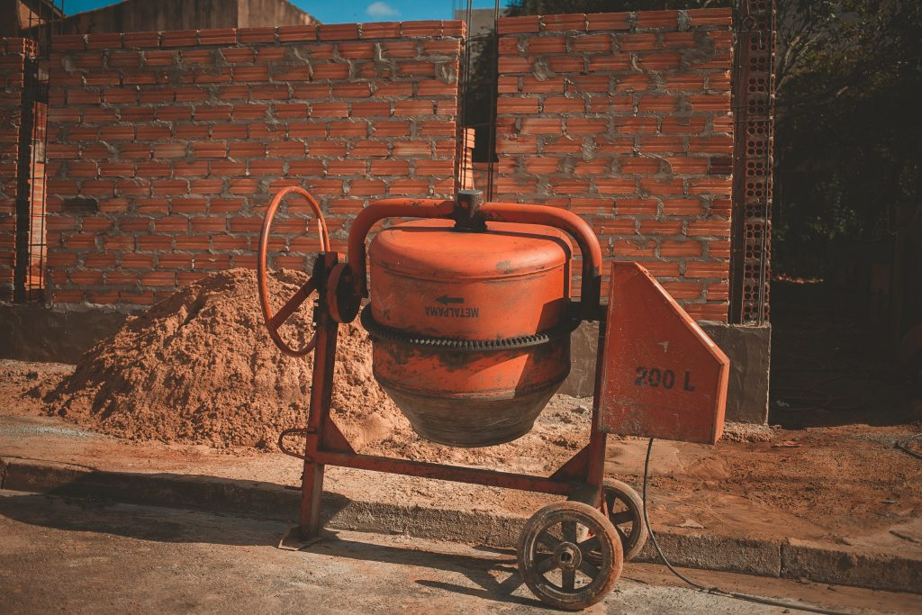 rotating cement mixer